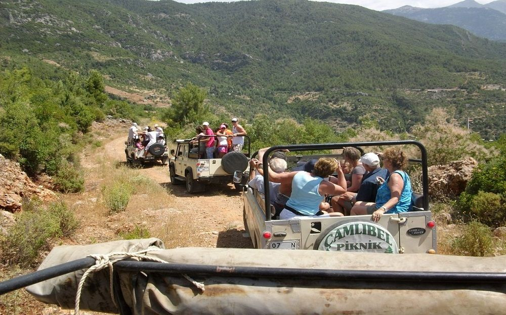 Jeep Safari & Dim Cave
